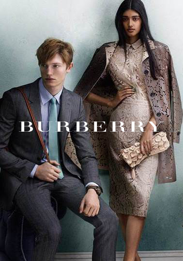 18 year old UK-born Model Neelam Johal (pictured right) is the first model of Indian descent to grace the Burberry runway as the new face of the designer label.